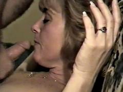 Amateur milf loves sucking my cock